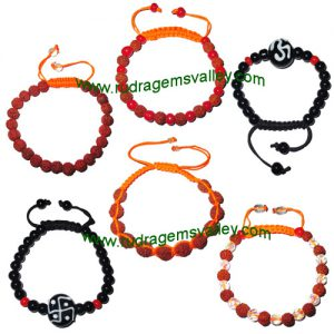 Combo Bracelets Rudraksha 5 face (5 mukhi) beads bracelets and glass beads bracelets adjustable free size (pack of 6 beaded bracelets as per picture)