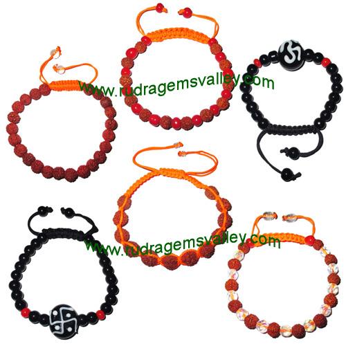 Combo Bracelets Rudraksha 5 face (5 mukhi) beads bracelets and glass beads bracelets adjustable free size (pack of 6 beaded bracelets as per picture)