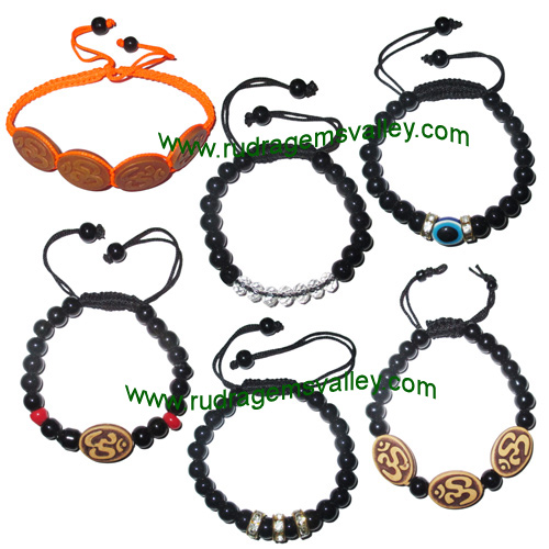 Combo Bracelets Beaded adjustable free size glass beads bracelets, evil eye bracelets and om bracelets (pack of 6 beaded bracelets as per picture)